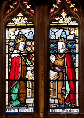 Edward IV and Elizabeth Woodville Supposedly the two fell in love when the widowed Elizabeth stood under a tree in the king's path to petition him. The two were married after she refused to become his mistress and were thought to be very much in love with each other, despite Edward's infidelities. The two were married until Edward's death when his brother Richard declared the marriage invalid so he could take the crown from their son, Edward V. Window at Windsor Castle.